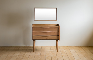 Viento. dressing table 01