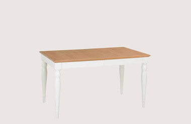 Hampstead. square table_4-6p